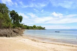 Pantai Uiasa (Foto oleh Tina Siringoringo)