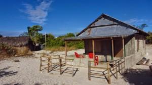 Salah satu rumah warga Pulau Kera (Foto oleh: Edyra Guapo)