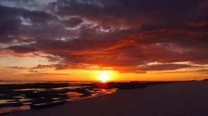 Sunset di Pulau Kera (Foto oleh Edyra Guapo)